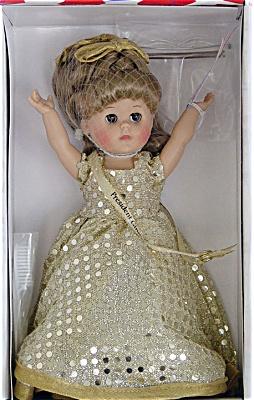 VOG1646 Vogue 2000 Inaugural Ball Modern Ginny for President Doll