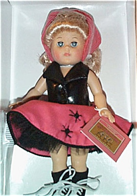 VOG1704 Vogue 2001 Forever 50s Modern Ginny Rock and Roll Doll