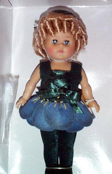 VOG1712 Vogue Forget-Me-Not Ginny Modern Doll 2001