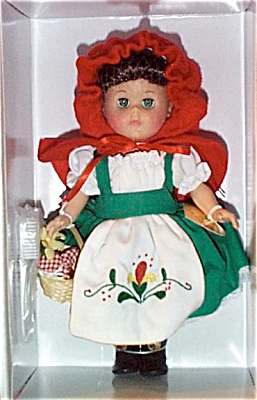 VOG1732 Vogue 2001 Modern Ginny Doll As Red Riding Hood