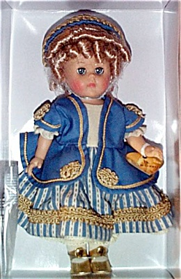 VOG1733 Vogue 2001 Modern Ginny Doll as Goldilocks