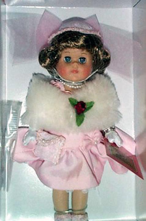 VOG1746 2001 Vogue Hat Shoppe Dinner at Eight Ginny Doll