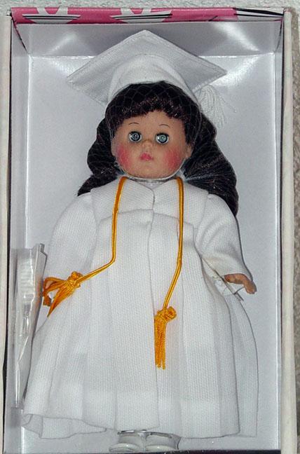 VOG1829B Vogue 2002 Brunette Graduation Ginny Doll