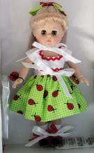 0VOG2806A Vogue 2011 Cute as a Bug Modern Ginny Doll