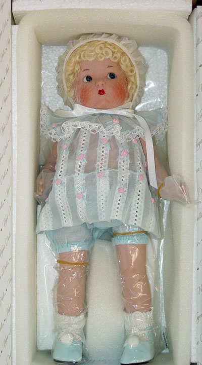 VOG1902B Vogue Just Me Large Blonde Bisque Doll in Blue 2002
