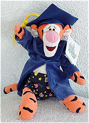 DMB0036C Disney Gradnite Tigger Bean Bag with Bermuda Shorts 1999