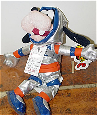 DMB0055D Disney Space Goofy Bean Bag c. 1998