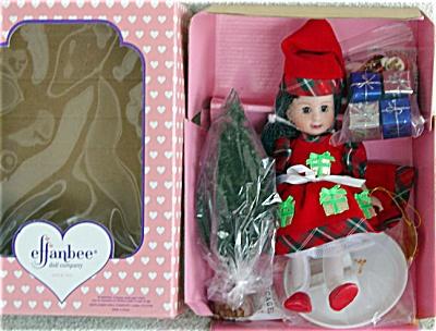 EFF0245C 1997 Effanbee Brunette Christmas Sammie Doll