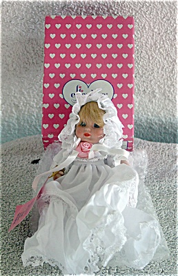 EFF0322A Effanbee Small Christening Baby Bisque Doll 1995