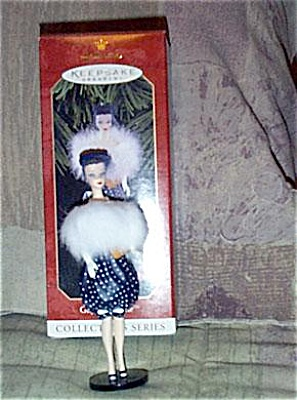 BHO9604 Hallmark Gay Parisienne Barbie Ornament 1998