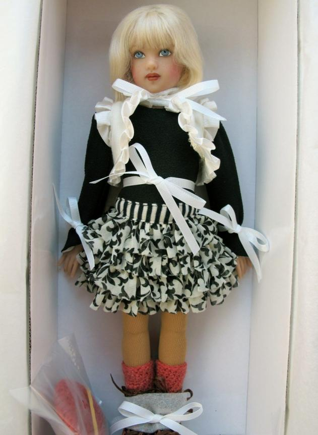 HKE0850 Big Sis Piper Doll, 2013 Helen Kish