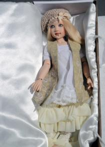 HKE0865 Kish 2014 11 in. Shabby Chic Zoe Resin BJ Doll 1