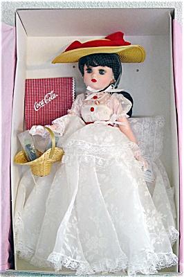 ALX1001D Madame Alexander Nostalgia Coca Cola Logo Coco Doll 1999