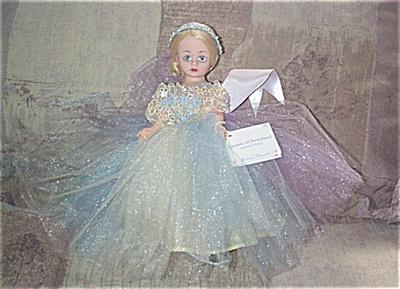 ALX2068A Madame Alexander Queen of Storyland Cissette Doll 2000