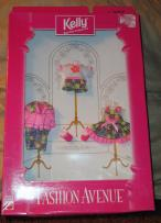 MAT0661 Mattel Pink And Green Fashion Avenue Kelly Doll Clothes 1997