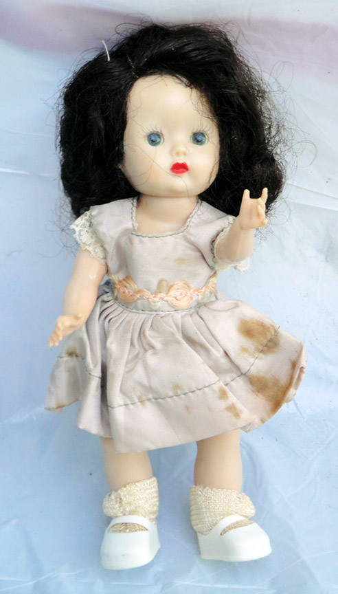 NAS0101 Nancy Ann Early 1950s Strung Brunette Muffie Doll