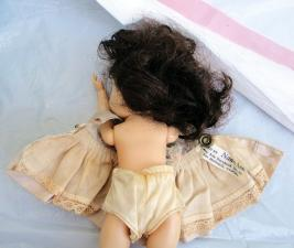 NAS0101 Nancy Ann Early 1950s Strung Brunette Muffie Doll 4