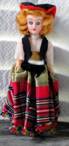 NAT0030 Vintage Scottish 7.5 inch Nationality Doll
