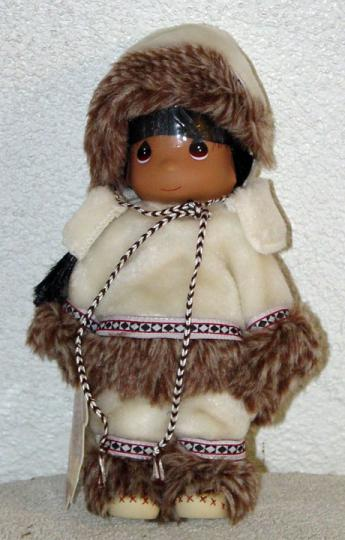 PMC0010B Precious Moments Sulu Eskimo in White Doll