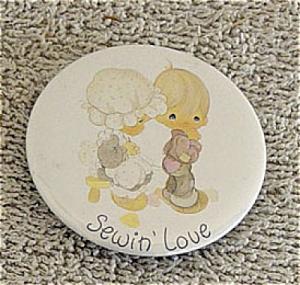 PMC0391L Precious Moments Sewin' Love Magnet