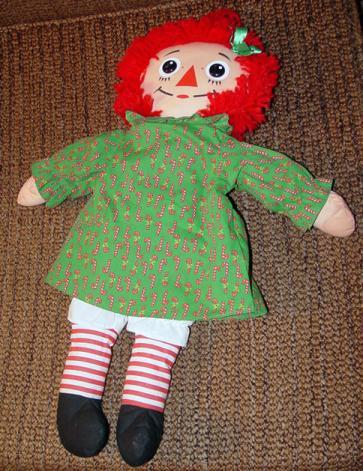 PSR0006 1988 Playskool 17-18 Inch Christmas Raggedy Ann Doll