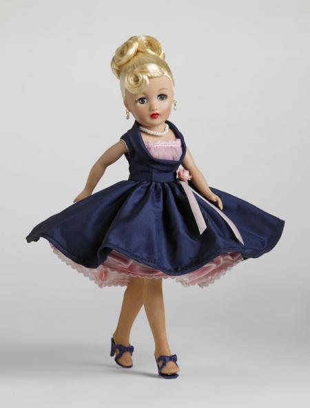 TRV0041 Tonner Frosted Pink 10.5 In. Revlon Doll, 2010