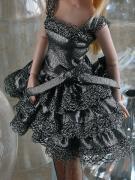 TRV0025 Tonner Silver Shimmer 13 In. Revlon Doll Outfit Only, 2011 1