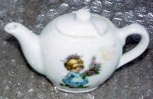 MSC0011 Child's Made-in-Japan China Tea Set 2