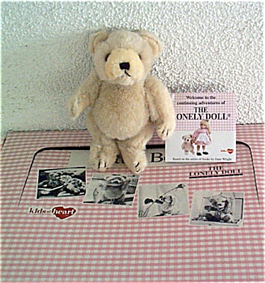 KAH0007 Kids-at-Heart Lonely Doll Bear Friend Mid 1990s