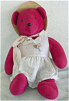 NAB0001 North American Bear Co. Cranberry Bear 1979