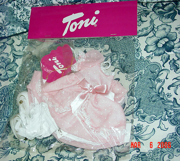FBT0152 Effanbee Sugar and Spice Toni Doll Outfit Only, 2006 Tonner