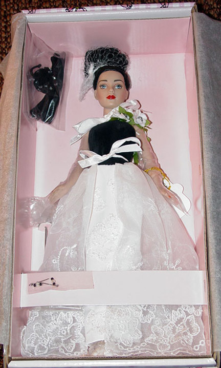 KCT0006 Tonner Tiny Kitty Collier High Drama Doll 2004