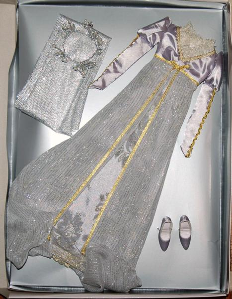 TON1126 Tonner Sleeping Beauty Re-Imagination Fashion Doll Outfit