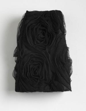 TTW0032 Tonner 16 In. Wentworth Fashion Doll Swirling Ruffled Skirt