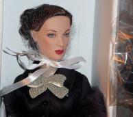 TAH0063 Tonner Feather in Her Hat Anne Harper Doll 2011 3