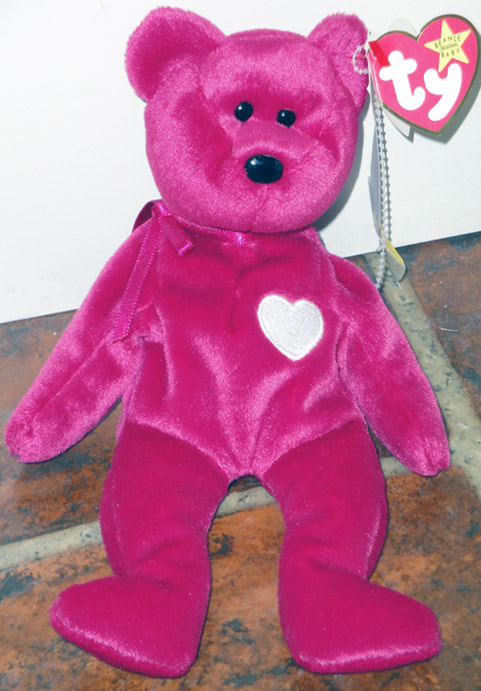 Ty Valentina Red Bear with White Heart Beanie Baby b44fec15def